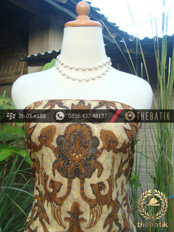 Kain Batik Tulis Solo Motif Peksi Emas