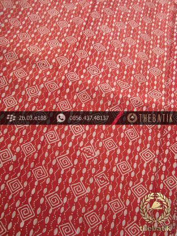 Kain Batik Sutera Motif Ceplok Kontemporer Merah