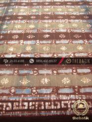 Kain Batik Warna Alam Motif Garis Kontemporer