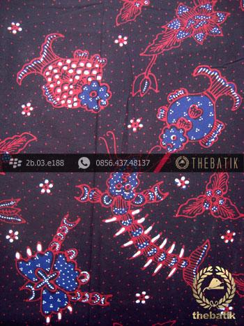 Kain Batik Tulis Yogyakarta Motif Ikan Udang Latar Hitam