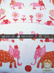 Batik Kumpeni Tulis Motif Gajah Pink Latar Putih