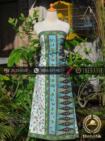 Batik Tulis Cirebon Motif Sarung Tumpal Hijau Latar Putih
