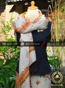Sarung Selendang Batik Sutera Tulis Jingga
