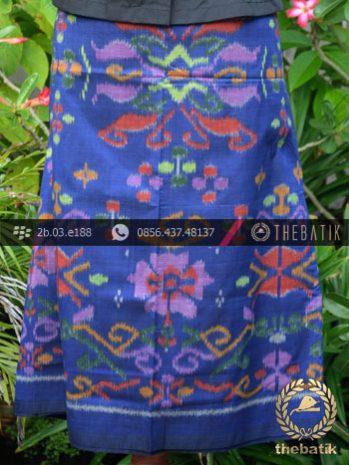 Kain Tenun Indonesia Motif Bunga Biru