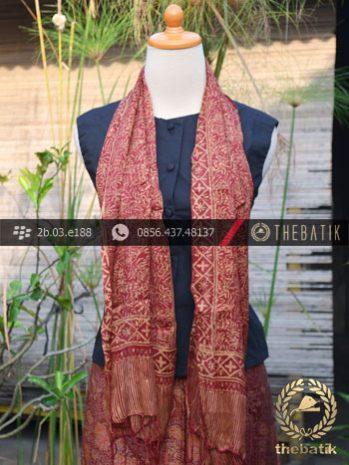 Sarung Selendang Batik Sutera Motif Parang Kembang Marun