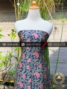 Batik Sutera Pesisiran Motif Kembang Biru Pink