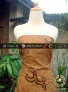 Batik Solo Kombinasi Tulis Motif Lereng Latar Anyaman