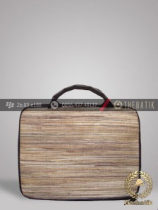 Tas Laptop Serat Alam Warna Natural