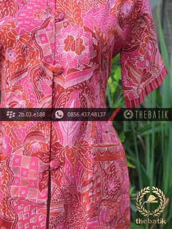Model Baju Batik Kerja Wanita – Merah Tulis