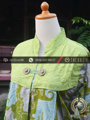 Model Baju Batik Kerja Wanita Hijau Kombinasi Thebatik Co Id