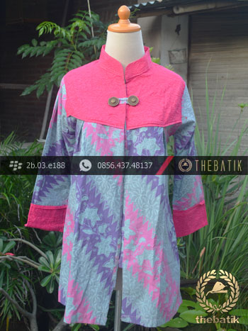 Model Baju Batik Kerja Wanita – Pink Kombinasi
