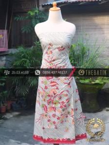 Batik Tulis Motif Buketan Garis Diagonal Putih