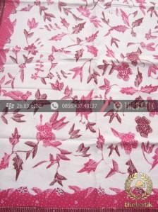 Kain Batik Tulis Motif Bunga Merah Latar Putih