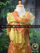 Sarung Selendang Batik Sutera Tulis Jingga Hijau