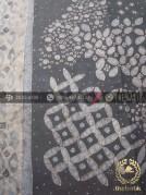 Kain Batik Warna Alam Tulis Motif Pulau Latar Hitam