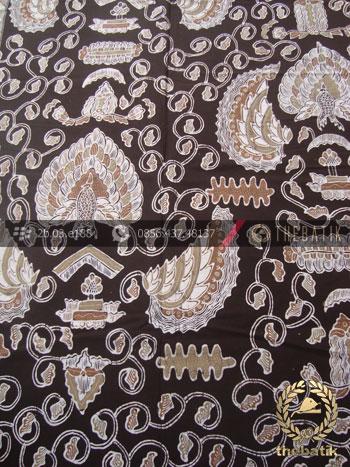 Kain Batik Warna Alam Tulis Motif Semen Latar Hitam