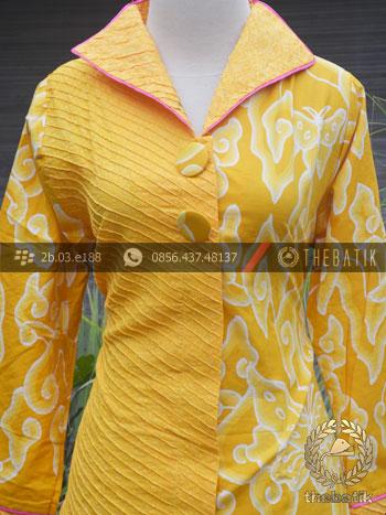 Model Baju Batik Wanita Megamendung Kuning Thebatik Co Id