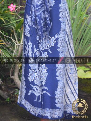 Sarung Selendang Batik Sutera Parang Biru Tumpal