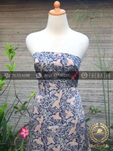 Kain Batik Sutera Motif Floral Biru Dongker