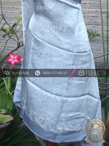Bahan Baju Batik Sutera Floral Abu-Abu