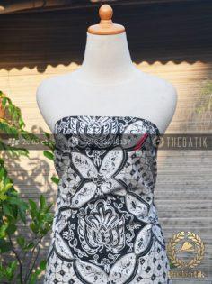 Kain Batik Tulis Jogja Ceplok Gurdo Klasik Hitam Putih