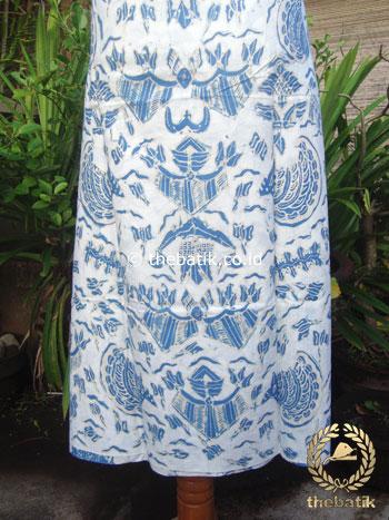 Batik Tulis Pewarna Alami Semen Romo Latar Putih