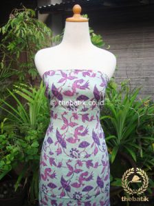 Kain Batik Katun Jepang Motif Lokcan Ungu Pastel