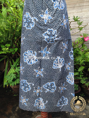 Kain Batik Tulis Warna Alam Floral Titik Indigo