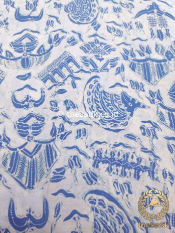 Kain Batik Tulis Warna Alam Indigo Semen Latar Putih
