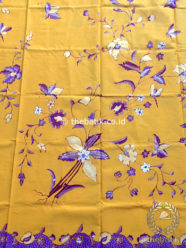Kain Batik Tulis Motif Kembang Ungu Latar Kuning