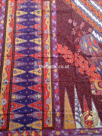 Sarung Batik Tulis Modern Marun Tumpal Ungu