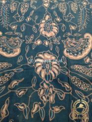 Kain Batik Tulis Warna Alam Motif Sri Kuncoro Latar Hitam