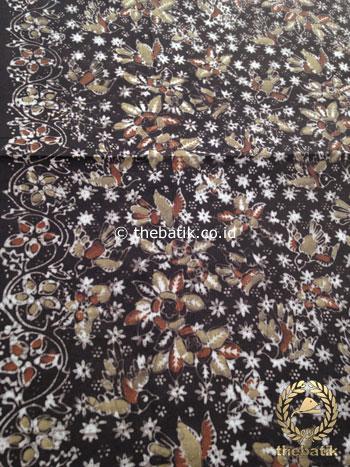 Kain Batik Warna Alam Motif Burung Kecil