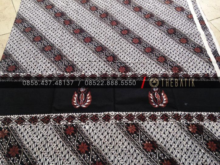 Kain Batik Jawa Klasik Motif Gurdo Kombinasi Parang Klithik