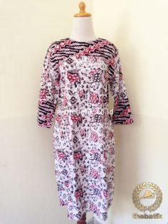 Model Baju Batik Wanita – Tunik Kombinasi Motif Modern