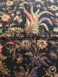 Bahan Baju Batik – Kain Batik Tulis Motif Peksi Boketan Latar Hitam 30b3eab2ac