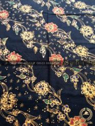 Bahan Baju Batik – Kain Batik Tulis Motif Lereng Kecil Latar Hitam