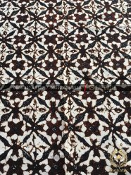 Batik Klasik Jawa Motif Ceplok Sogan
