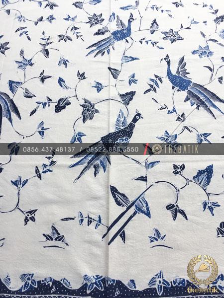 Kain Batik Tulis Buketan Burung Latar Putih
