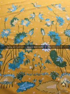 Kain Batik Tulis Buketan Floral Kuning